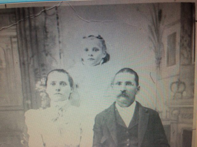 Mama McCulley (Addie) in the back and her parents Annie Broughton Phillips and Shannon Phillips