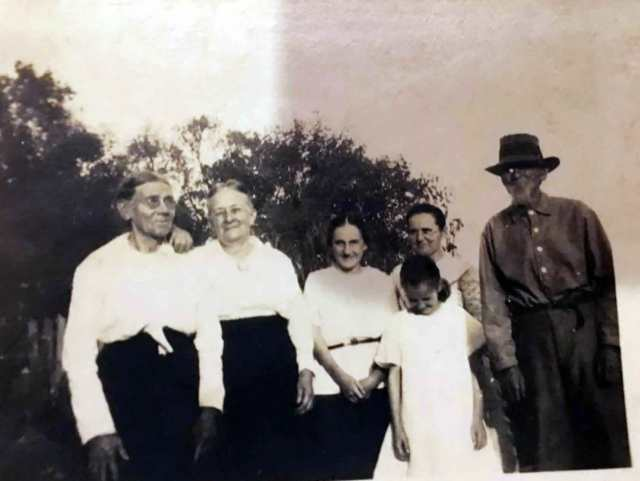 This picture is from 1920, from the left my Second Great grand Aunt Carrie Rogers, my Great Grand Aunt Lizzie Rogers, my Great Aunt Rosa Phillips, my Great Grandmother Sallie Rogers Phillips and my Great Great Grandfather Robert Edward Rogers and the little 10 year old girl in front is my beloved Grandmother Ruby Phillips Faulk