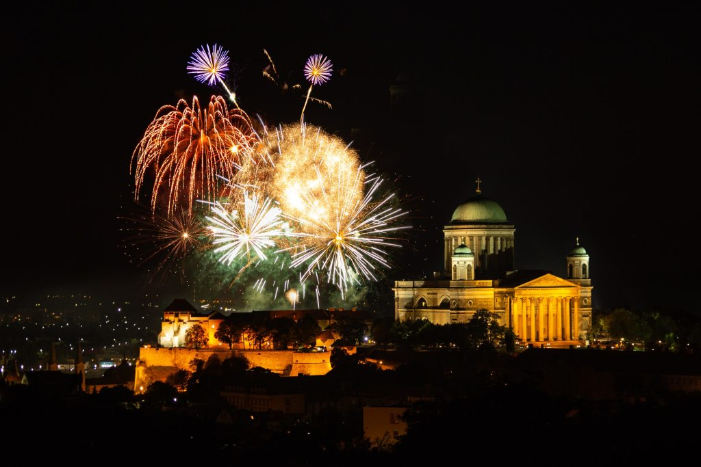 Fireworks go off over Esztergom