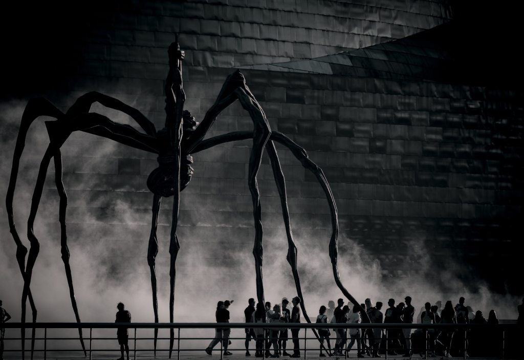 A giant statue of a spider outside the Guggenhem Museum, Bilbao.
