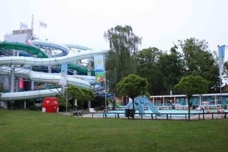 Tiki Pool