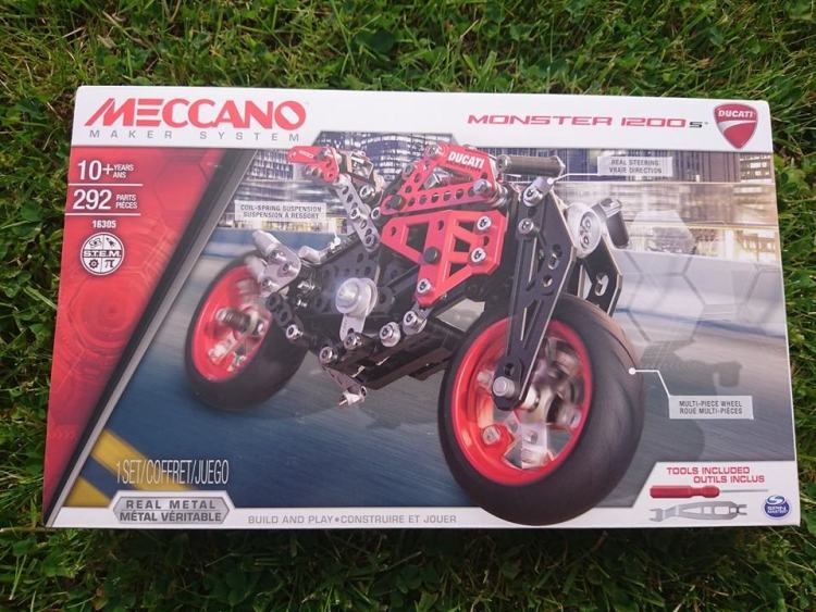 meccano ducati monster 1200s box