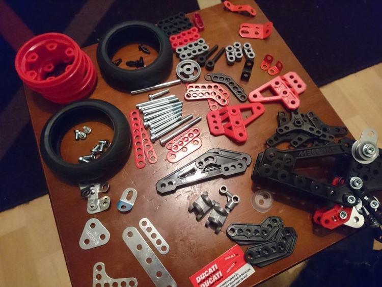 meccano ducati pieces