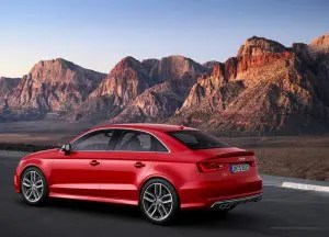 2015-Audi-S3-High-Performance-Sedan-7