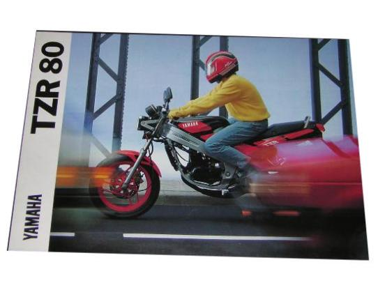 En la foto el catálogo original Yamaha TZR 80