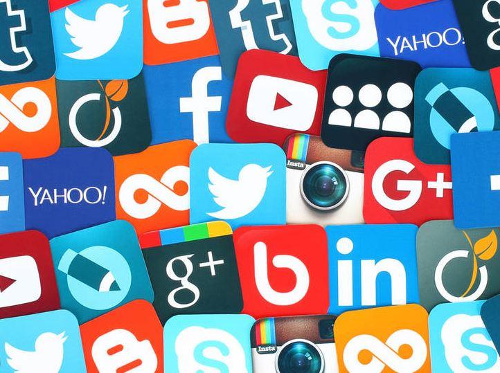 La época de la decadencia de las redes sociales, Parte II