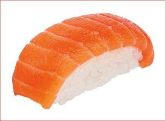 En la foto un nigiri de salmón