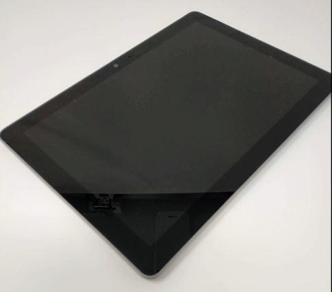 En la foto se ve la Surface Go sin tapa ni teclado