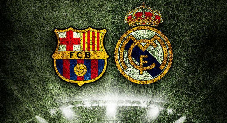 En la imagen sobre el césped de un campo de fútbol los escudo del Barça y 584f5a3ae14