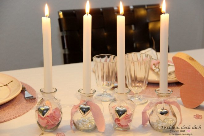 Tischdekoration-romantischer-Valentinstag-02