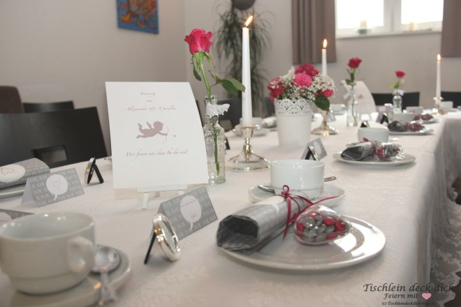 Standesamtliche Hochzeit Tischdekoration mit Amor