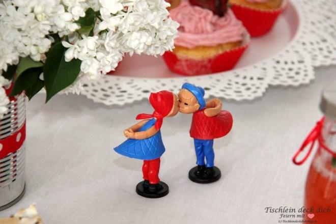 Erdbeere Rharbarber Kusspuppen