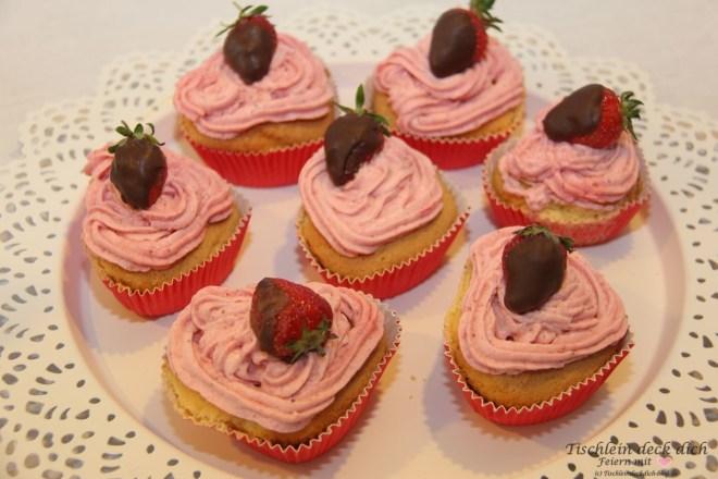Erdbeere Rharbarber Muffin