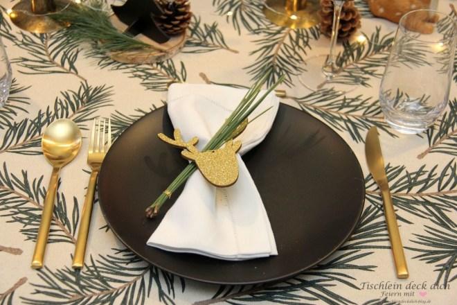 estliche-rustikale-Tischdeko-zu-Weihnachten