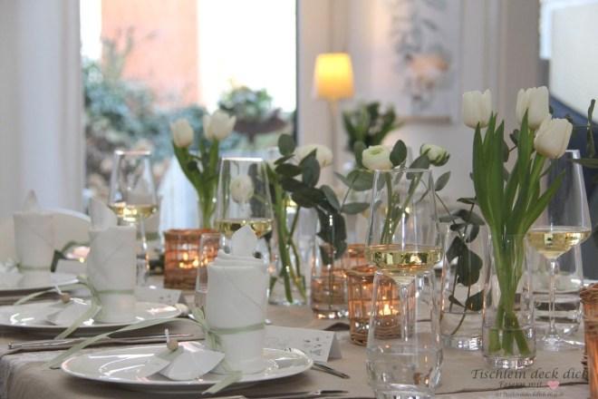 Tischdekoration zur Kommunion