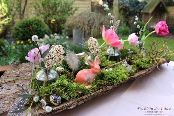 Baumrinde dekorieren für die Tischdekoration