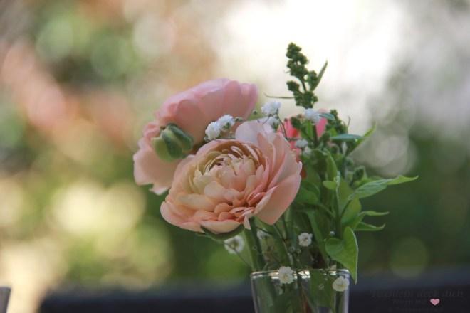Blumendeko zum Muttertag
