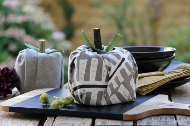 Dekoration fuer das Herbstbueffet