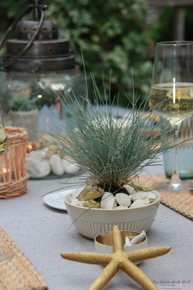 Gräser dekorieren für eine sommerliche Tischdekoration