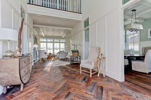 Fournier - 2900 Ardmore_Foyer2