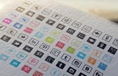 17 Vector Social Media Icons
