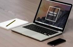 Macbook Pro On Desk Mockup PSD