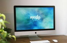 iMac On Desk PSD Mockup