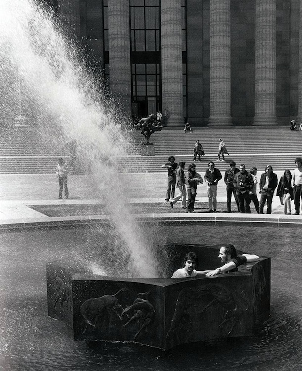 Deflected Fountain, for Marcel Duchamp, Rafael Ferrer, 1970