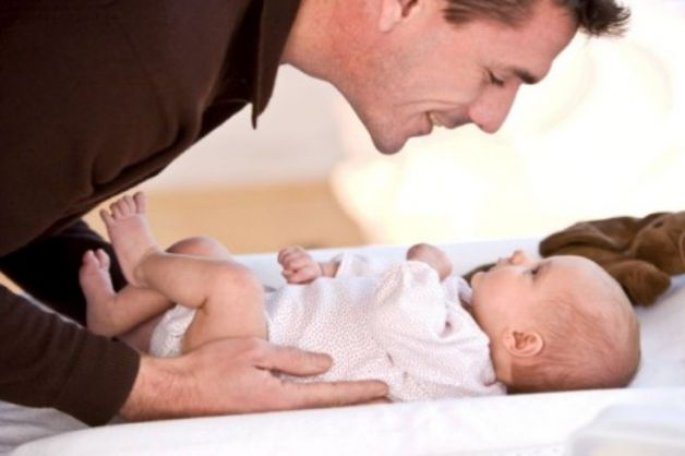 Congedo prenatale per i papà: l'Inps propone 15 giorni di assenza giustificata