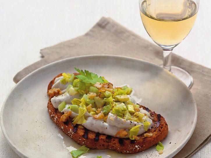 bruschette-gorgonzola-noci