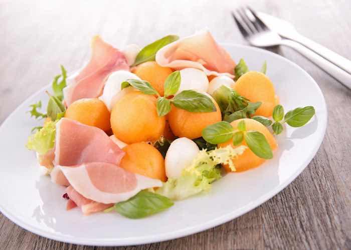 insalata-zucchine-melone-ricetta