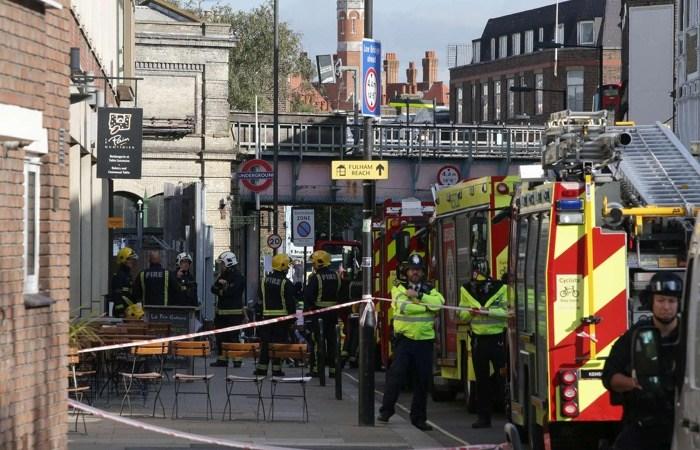 Bomba nella metro di Londra: Isis rivendica, nuovo attacco imminente?