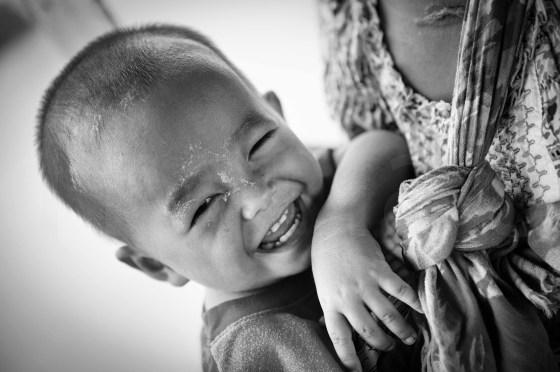 Un bébé heureux ? _Myanmar
