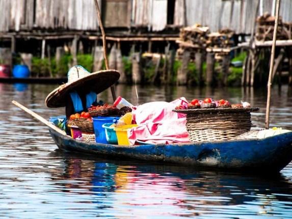 Marché Flottant au Bénin