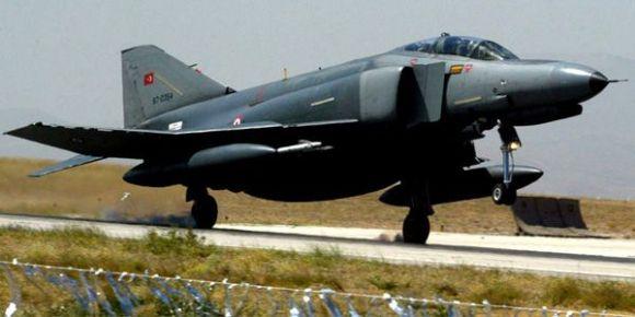 Avion F4 Phantom