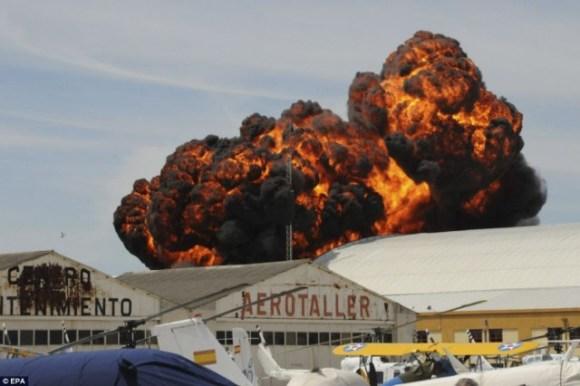 Crash d'avion résultant un mort et 18 blessés