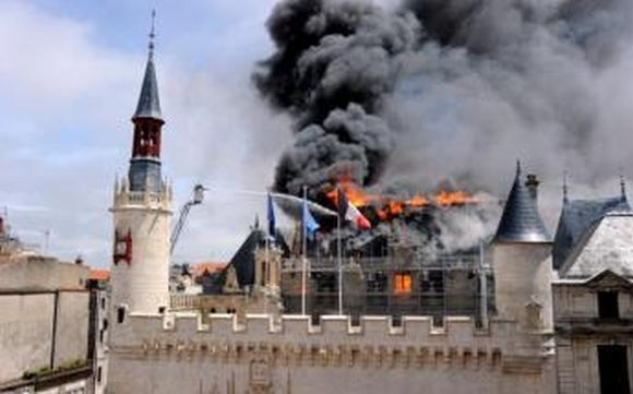 Incendie à la marie du IXe arrondissement