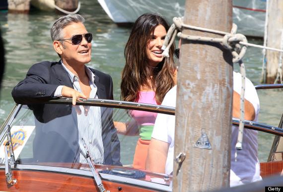Sandra Bullock et George Clooney a bord de leur bateau-taxi