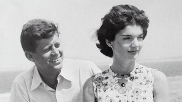 "Le couple présidentiel, ohn Fitzgerald ""Jack"" Kennedy et sa femme Jack Kennedy."