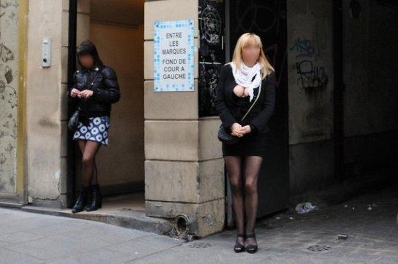 Payer pour du sexe pourrait devenir un crime en France