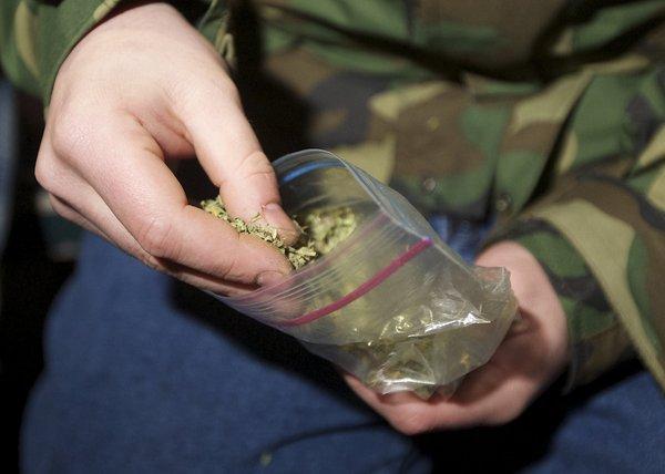 Bien que la consommation de marijuana est à la hausse, la consommation de nombreux autres médicaments a diminué ou resté à peu près le même, selon le sondage.