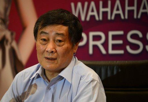 Milliardaire chinois Zong Qinghou parle lors d'une conférence de presse à Pékin, le 17 Juillet 2013.