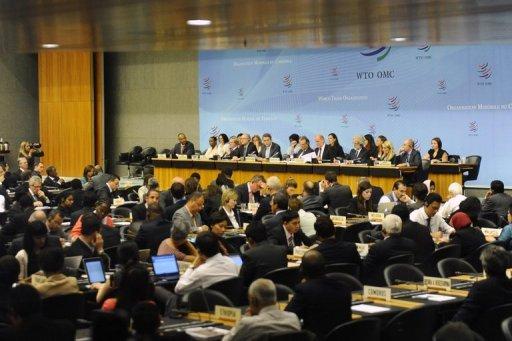 Roberto Azevedo présente sa vision de l'OMC pour les quatre prochaines années au cours d'une réunion du Conseil général au siège de l'OMC à Genève, le 9 Septembre 2013.