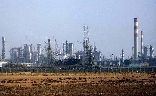 Une usine pétrochimique saoudienne dans la ville de la mer Rouge de Djeddah, le 12 Novembre 2007.