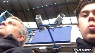 Sean Buxton a déclaré qu'il était «fou» d'être assis à côté de l'entraîneur de Chelsea