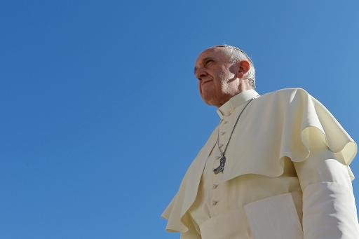 Pape Francis arrive à son audience générale sur la place Saint-Pierre, le 2 Octobre 2013 au Vatican.