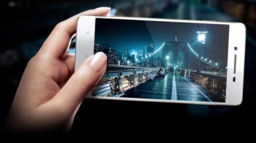 le smartphone Oppo R1 dédié à la  photo
