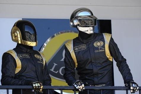 Les Daft Punk remportent tout aux Grammy Awards