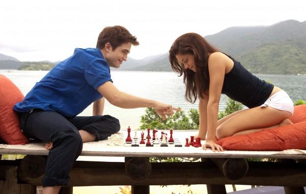 Robert-Pattinson-Kristen-Stewart-dans-Twilight