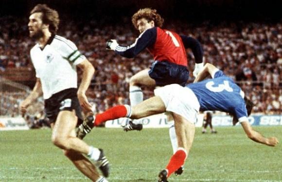 Les oppositions entre la France et l'Allemagne dans le football
